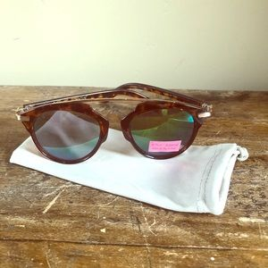 Betsey Johnson Sunglasses New